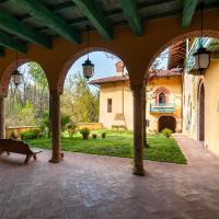Castello di Montonate, hotel a Mornago