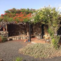 Apartamento Rural Oasis 2, hotel en Haría