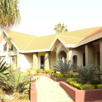 Crownhill Guesthouse, hotel near Wonderboom Airport - PRY, Pretoria
