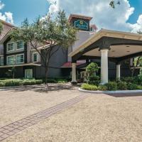 La Quinta by Wyndham Houston Bush IAH South, hôtel à Houston