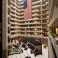 Embassy Suites Crystal City - National Airport, hotel in Arlington