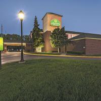 La Quinta by Wyndham Minneapolis Northwest, hotel in Brooklyn Park