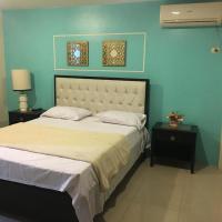 Habitación disponible en ciudad celeste, hotel em Samborondón