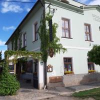 Penzion a restaurace U Hájků, hôtel à Nové Dvory