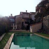 Allotjaments Rurals Can Pere Petit, hotel en Santa Pau