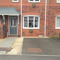 Oldwood Place Townhouse, hotel in Livingston