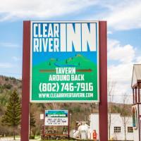 Clear River Inn and Tavern, hôtel à Pittsfield