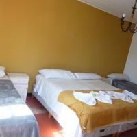 Passaros Suite Hotel, hotel in Puerto Iguazú