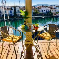 Port-Grimaud Romantique (newly renovated)