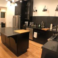 3BR/2BA Remodeled flat in Heart of Castro