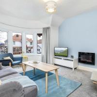 Gwylan Apartment in Penrhyn Bay, modern and beautifully presented