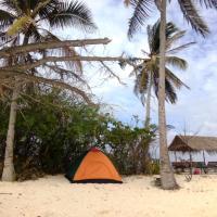 Tour Linapacan Island Camping, Hotel in El Nido