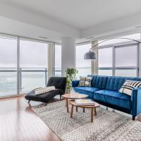 Luxury Corner Suite - Entertainment District