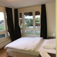 Room Bistro 33