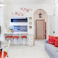 Como Colorful Apartment