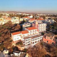 Axiothea Hotel, hotel in Paphos