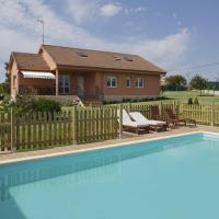 Villa Dalias - Villa de Lujo con piscina privada y atracciones, hotel en Villaviciosa