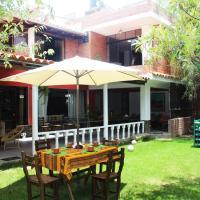 """Casa Hospedaje""""Los Capulies"""", hotel in Carhuaz"""