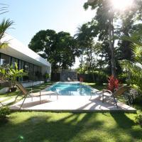 White Wind apartment – hotel w mieście Rawai Beach
