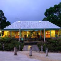 Corinna Wilderness Experience, hotel em Corinna