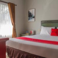 RedDoorz Plus @ Otista Garut, hotel in Garut