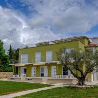 Apartments Nogic, hotel in Peroj