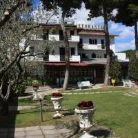 Hotel Ristorante La Bilancia, hotell i Loreto Aprutino