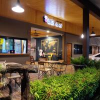 Warm Well Hostel, hotel in Kanchanaburi City