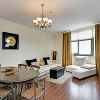 2 bedroom apartment in The Greens by Deluxe Holiday Homes