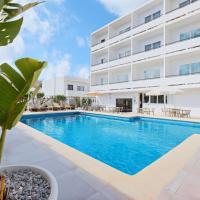 azuLine Hotel Mediterráneo, hotel en Santa Eulària des Riu