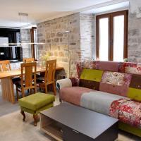 Lana & Ena Apartments, hotel in Kotor Old Town, Kotor