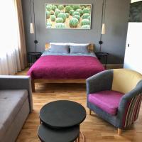 Kaktuss apartamenti Smiltene, hotel in Smiltene