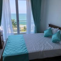Sea Breeze - Luxurious 3 Bedroom Sea Front Apartment in Mount Lavinia