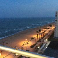 Oceanfront Urbanova Apartment, hotel in El Alted