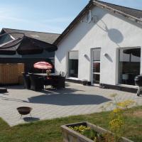 Thorupgaard Farm Holiday, hotel in Stenum