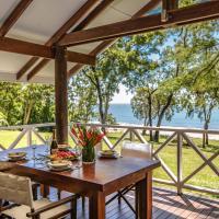 Cottonwood - Private Beachfront
