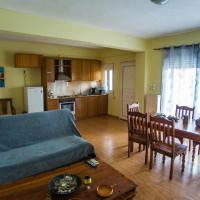 D-George's apartments by the Sea and Airport, hotel in Porto Rafti