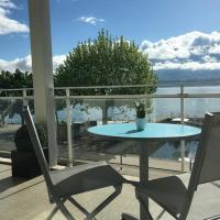 Pieds dans l'eau au lac du Bourget, hotel in Le Bourget-du-Lac