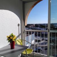 Jolis Studios vue sur mer Port, Etangs et Canaux Résidence RIVERCITY, hotel in Carnon-Plage