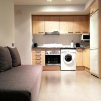 Mazi Apartments Nest, hotel in Mataró