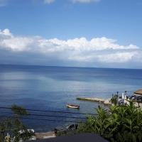 George's Sea View Apartments, hotel in Mesongi