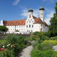Kloster Benediktbeuern - Gästehaus der Salesianer Don Bosco, Hotel in Benediktbeuern