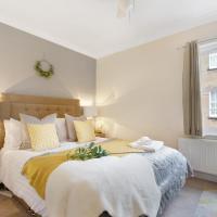 Stylish Cottage - Parking - Garden - Sleeps 6