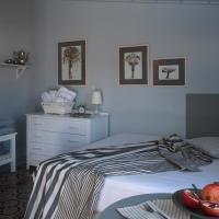 Sto Roloi Island Houses, hotel in Poros