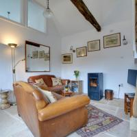 Holiday Home Court Farm Stables-2, hotel in Chillenden