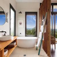 """The Ridge Eco-Cabin """"A Secret place to slow down"""", hotel in Gloucester"""