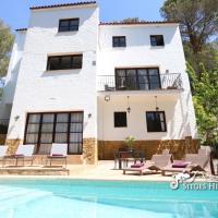 Spacious Villa Balzar with private pool, quiet location
