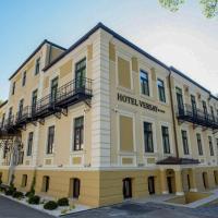 Hotel Versay, hotel in Băile Herculane