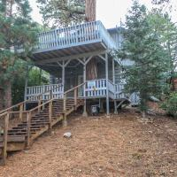 Treehouse by Big Bear Cool Cabins, hotel in Sugarloaf