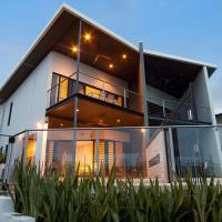 Marina Views Townhouse, hotel near Darwin International Airport - DRW, Darwin